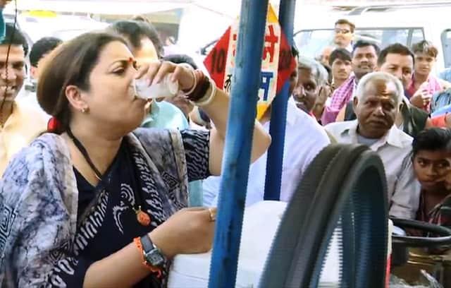 Smriti Irani At Sugarcane Juice Stall