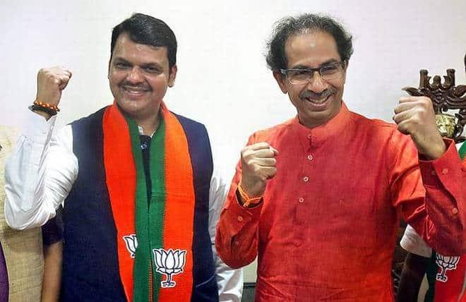 Devender Fadanvis And Uddhav Thackeray
